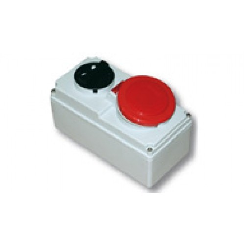 415v-red-32amp-interlocked-socket-3p-n-e-ip44